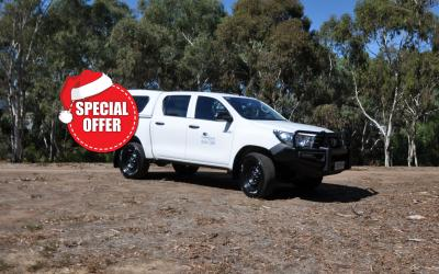 4WD Toyota Hilux Dual Cab Canopy