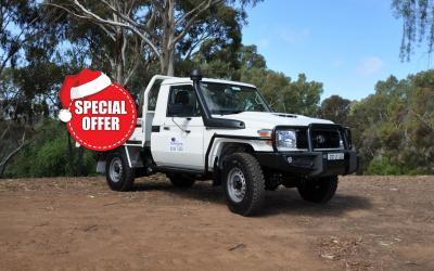 4wd toyota landcruiser traytop special offer2