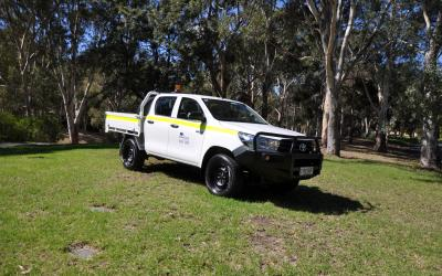 4WD Toyota Hilux Dual Cab Tray Hire Mine Spec