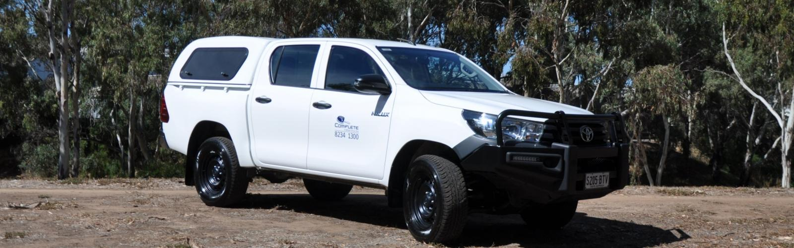 4WD Toyota Hilux Dual Cab Canopy 4WD Hire 3