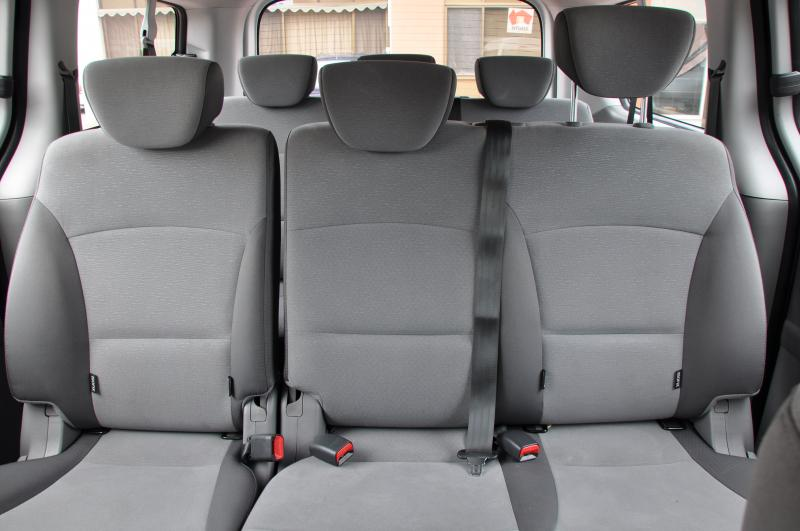 Car First Aid Kit >> 2WD Hyundai Imax 8 Seat Minibus Hire