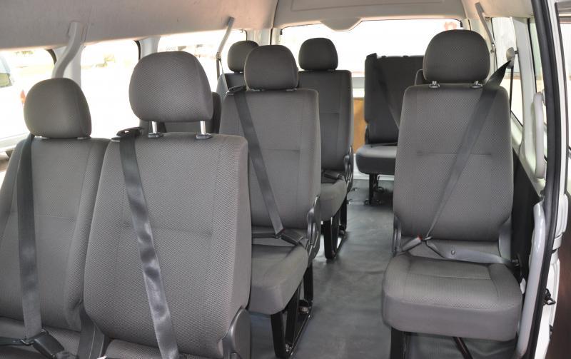 c04e6a6933 2WD Toyota Commuter 12 Seat Minibus Hire